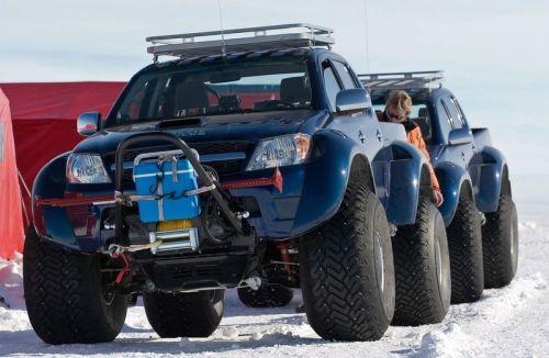 0arctic_trucks_action_funzug