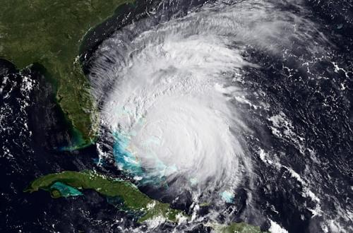 Hurricane_0825_02