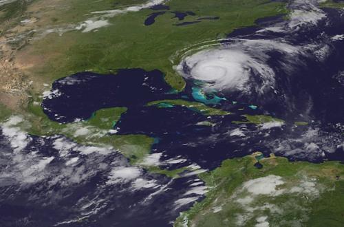Hurricane_irene_0826_09